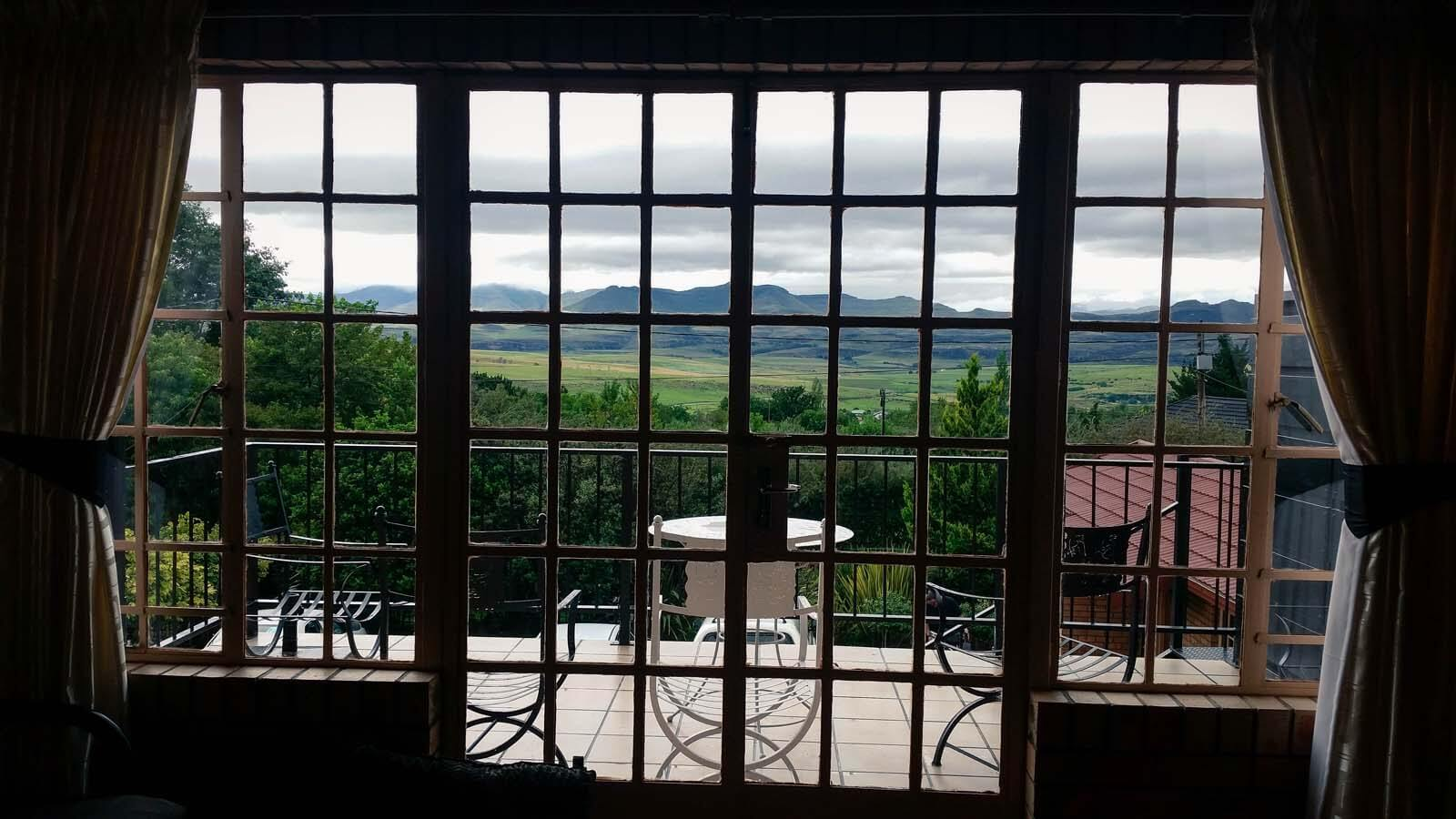 Where To Stay In Clarens – Eddies